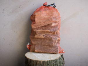 All-Seasons-Net-Of-Hardwood-Firewwod-Kindling-Bits